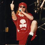 Axl Rose a implinit 49 de ani !