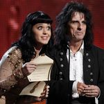 Alice Cooper a fost intervievat de Preds TV (video)