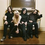 Puddle Of Mudd si Pretty Reckless canta la Download Festival 2011