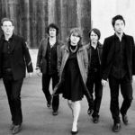 Airborne Toxic Event canta acustic It Doesn't Mean A Thing (video)