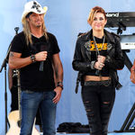 Bret Michaels si Miley Cyrus isi lanseaza in curand duetul