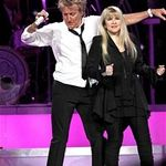 Stevie Nicks si Rod Stewart canta impreuna in turneu