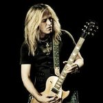 Whitesnake promit un show special pentru Romania