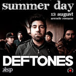 Luna Amara canta in deschiderea concertului Deftones