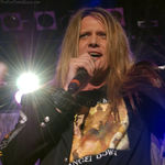 Sebastian Bach a cantat cu Steel Panther (video)