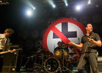 Bad Religion vor intra in studio in 2012