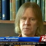 Basistul Aerosmith a fost operat de urgenta
