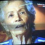 A decedat mama lui Bon Scott (AC/DC)
