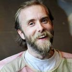 Facebook il roaga pe Varg Vikernes sa arda o biserica