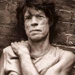 Mick Jagger: Sunt dependent de facebook