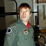 Bruce Dickinson vrea ca fanii sa incerce simulatorul sau Flight 666