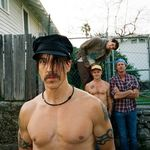 Red Hot Chili Peppers au lansat un nou videoclip: Monarchy of Roses