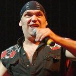 Sandor loveste din nou: Concertele Blaze Bayley la un pas de a fi anulate