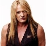 Sebastian Bach iti arata cum sa tipi in heavy metal (video)