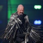 Judas Priest: Nostradamus e ca o carte buna