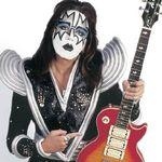 Fostul chitarist Kiss implineste 58 de ani