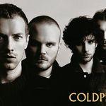 Robbie Williams il da in judecata pe solistul Coldplay