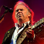 Neil Young a incheiat apoteotic Isle Of Wight Festival