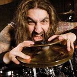 La multi ani , MIKE PORTNOY !