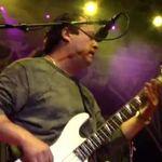 Urmareste integral concertul RATT de la M3 Rock Fest