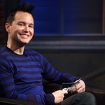 Mark Hoppus a aparut intr-un episod College Humor (video)