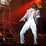 Fanii lui Slash au (din nou) interdictie la concertele Guns N Roses