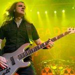 Megadeth transmit din Piata Revolutiei pentru fanii din Romania (video)