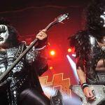 Kiss au angajat un veteran de razboi in turneul american