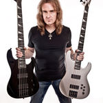 Megadeth: David Ellefson despre nou sau bass personalizat Jackson (video)
