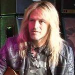 Chitaristul Whitesnake inregistreaza alaturi de Lady Gaga