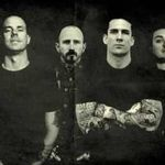 Bleeding Through: Solistul a fost operat de urgenta