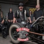 Five Finger Death Punch: Ne place mentalitatea capitalismului
