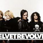 Velvet Revolver il vor pe solistul Ours
