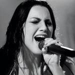 Evanescence: Amy Lee implicata intr-un scandal sexual plus abuz de droguri