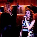 Robert Plant a cantat cu Patty Griffin in Austin (video)