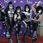 Kiss au cel mai tare party hit al tuturor timpurilor