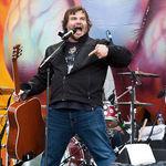 Tenacious D vor sa faca un festival rock de comedie