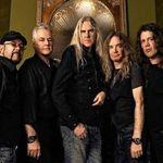 Saxon amana lansarea noului album