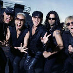 Scorpions refuza sa cante la Download 2013