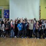In scolile din Anglia se canta Iron Maiden (video)