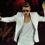 Managerul Metallica: Justin Bieber merita o bataie