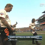 James Hetfield si Kirk Hammett au cantat imnul SUA live (video)