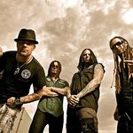 Five Finger Death Punch - Lift Me Up (single nou)