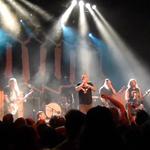 Down in concert in noua formula (video)