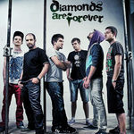 Diamonds Are Forever au un nou EP - Momaentum