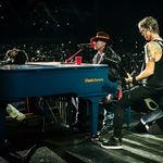 Duff McKagan, din nou pe scena impreuna cu Guns N Roses (video)