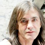Malcolm Young se retrage temporar din AC/DC