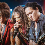 Johnny Depp, pe scena alaturi de Aerosmith (video)