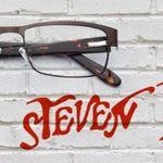 Steven Tyler lanseaza propria gama de ochelari