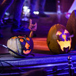 POZE Halloween Party cu THE ROCK Tribut AC/DC la Hard Rock Cafe